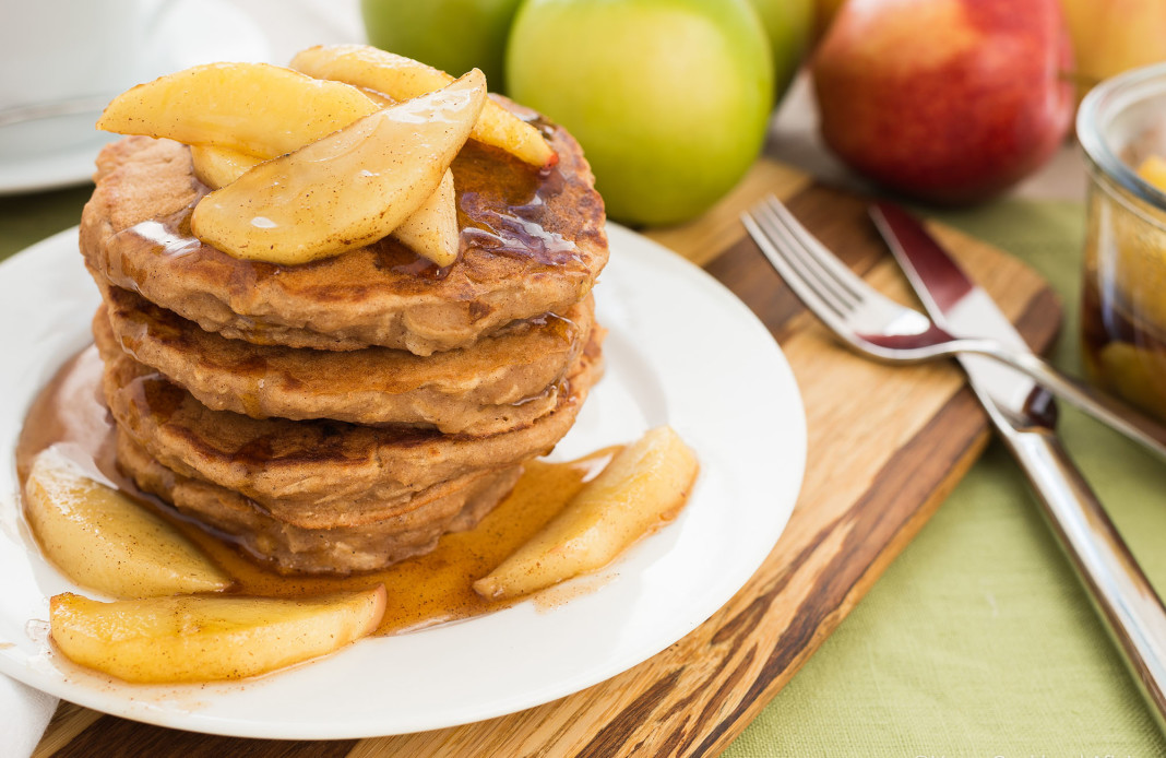 Who Would Have Thought Apple Pancakes Could Be This Awesome?